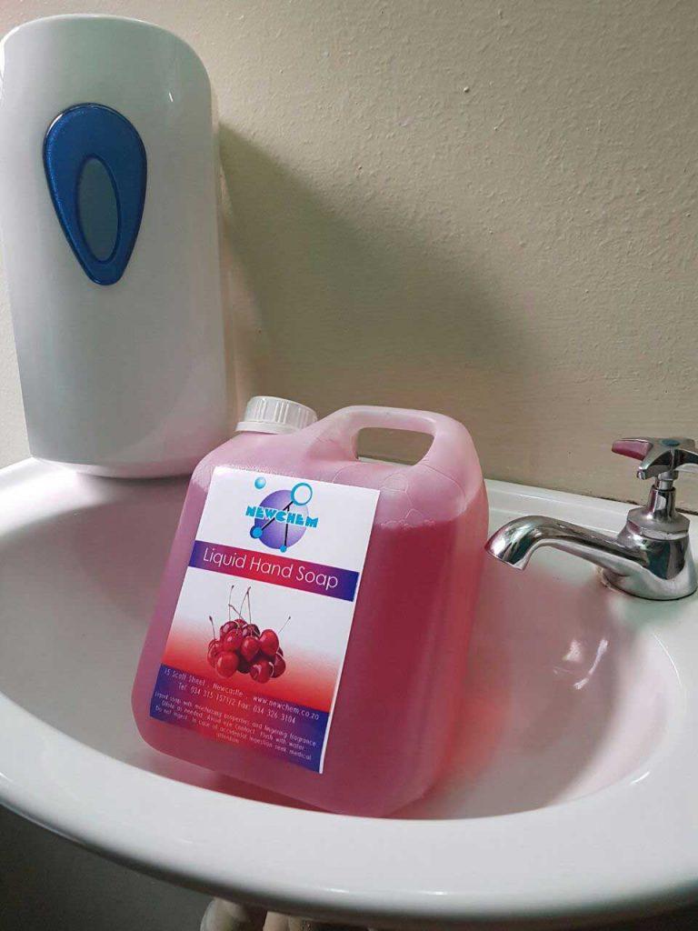 moisturising liquid hand soap in cherry and lavender
